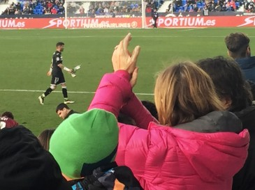 Iago Herrerín receives a standing ovation after a reckless foul led to his dismissal.